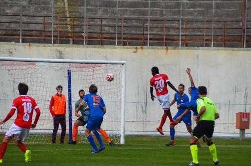 Calcio, Serie D. Il Varese subito in campo con la Caronnese, ancora rinviate Castellanzese - Casale e Lavagnese - Legnano
