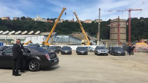 Genova: in corso la commemorazione ad un anno dal crollo del ponte 'Morandi', contestato Castellucci (Video)