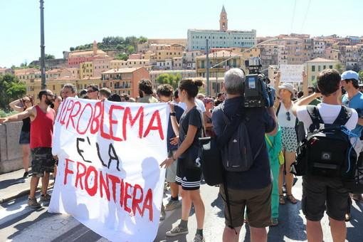 Imperia: 'manifestazione non autorizzata' dopo la morte dell'agente Diego Turra, venti attivisti no border a processo