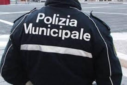 Imperia: individuato dalla Polizia Municipale il mendicante che ha aggredito il vice comandante Angelo Arrigo