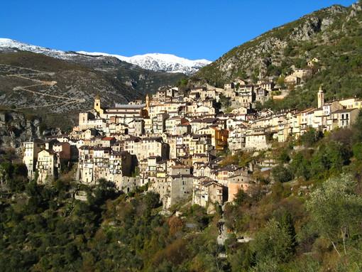 Saorgio al crocevia della Storia: il destino di un borgo ligure tra Italia e Francia nel racconto di Pierluigi Casalino