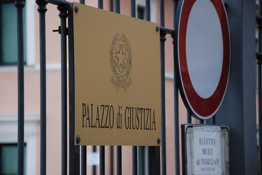 30 euro per un 'happy ending', condannati a 4 anni i titolari di un centro massaggi cinese di Ventimiglia