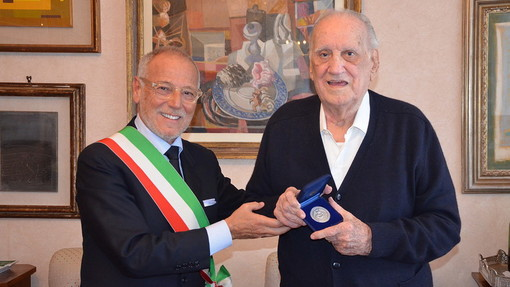 A Genova l'addio ad Alfredo Biondi: l'ultimo dei 'grandi liberali' e politico di lungo corso