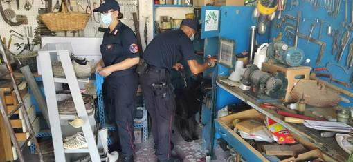 Un altro arsenale nel garage di Alberto Grosso fermato a Pieve di Teco: i Carabinieri hanno rinvenuto armi, esplosivi e munizioni