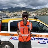 Gilles Giglio, volontario locale del servizio ambulanza veterinaria