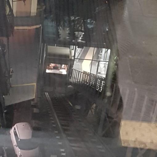 Imperia: ascensore nuovamente bloccato ieri sera, per fortuna sono subito intervenuti i Vigili del Fuoco (Foto)