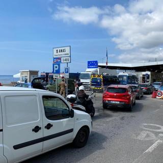 L'ordinanza del Ministero conferma: non si può superare il confine tra Italia e Francia se non per lavoro