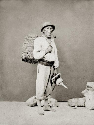 Quando Pietro Guidi  fotografò i pescatori della Marina nel suo atelièr…
