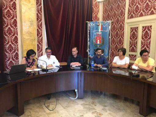 """San Bartolomeo al Mare: il sindaco Urso torna in Consiglio Comunale """"Il paese non si è fermato, orgogliosi di quello che stiamo facendo"""" (Foto e video)"""