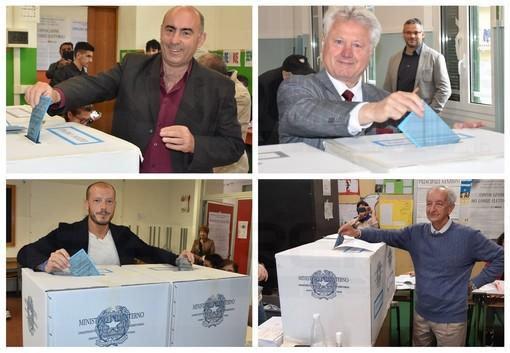 Elezioni a Ventimiglia: hanno votato tutti e quattro i candidati Sindaco. Segnalati rappresentanti di lista a fare propaganda elettorale ai seggi (Foto)