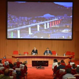 """Liguria: Ponte San Giorgio a Genova, il Presidente Giovanni Toti """"Giornata simbolica più che per celebrare per essere di lezione al Paese"""""""