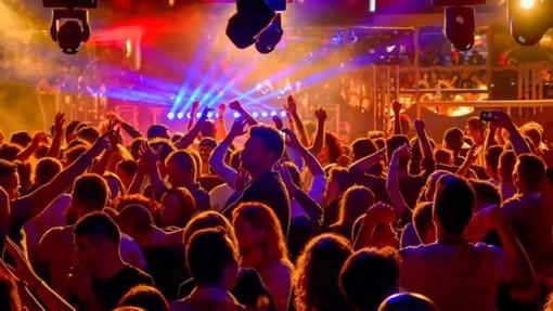 Nuovo Dpcm annunciato in serata: via libera alle discoteche dopo il 14 luglio all'aperto e al chiuso