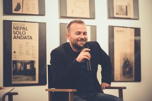 Cervo: rassegna 'Grandi autori a casa tua', alle 17 l'incontro online con lo scrittore Enrico Galiano