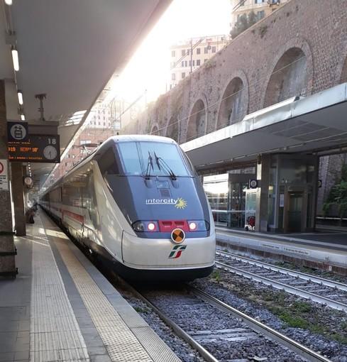 """Liguria: dal 3 giugno verranno ripristinati 26 treni, Berrino """"La circolazione ferroviaria si avvia verso la normalità in vista dell'estate"""""""