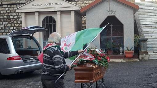 """Sulle note di """"Fischia il Vento"""" Imperia saluta commossa 'Fedor' l'ultimo componente dell'eroica 'Banda Felice Cascione' (Foto)"""