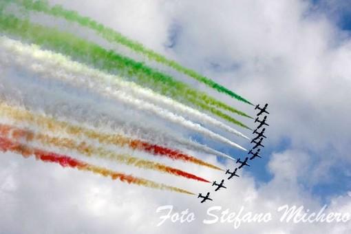 Slitta l'appuntamento con le Frecce Tricolori nei cieli del ponente ligure: a maggio 2022 sei giorni di air show