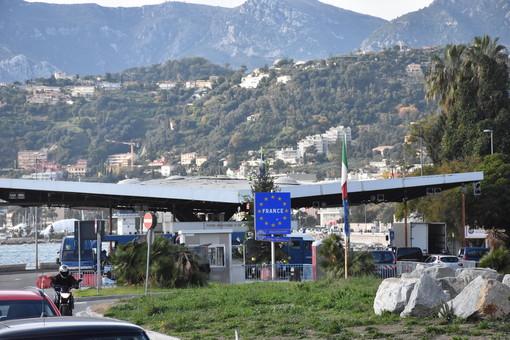 Incidente nel mese di luglio poco dopo il confine di San Ludovico: il nostro fotografo cerca testimoni per l'accaduto