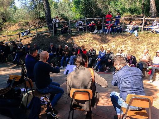 Cervo: il locale Partito Democratico dona il soldi della 'Festa del Ciapà' ai volontari della Protezione Civile