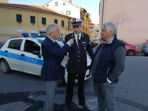 Imperia: inaugurata l'area di fronte all'ex Agnesi, Scajola annuncia il nuovo regolamento per i parcheggi in città (Foto e Video)