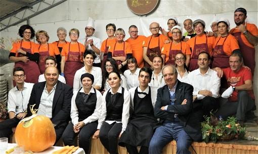 """Rocchetta di Cengio (SV): tutto esaurito per l'omaggio a Leonardo in occasione della 16ª edizione di """"ZuccaInPiazza"""""""