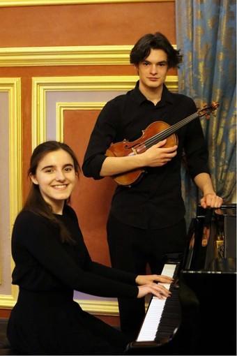 Cervo: gran concerto finale della rassegna A...mare la musica con un duo di giovanissimi talenti