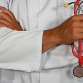 Tra poco al via l'anno scolastico 2020/2021, tra i tanti argomenti lettrice chiede il ritorno del 'Medico scolastico'