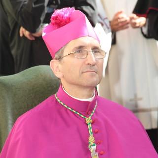 """Parole di Papa Francesco, il Vescovo di Imperia: """"Giusto garantire i diritti, ma unioni civili non sono famiglia"""""""