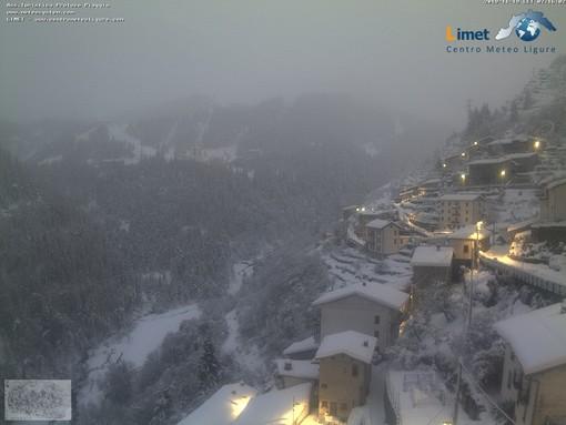 Monesi e Piaggia questa mattina ancora sotto la neve