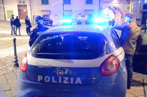 30enne di Diano Marina insulta e malmena due poliziotti ad Alassio: denunciato e condannato in tribunale