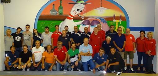 Diano Castello: 'Memorial Generale', Emis Bianchi mette tutti in fila al bowling per uno 'strike da 400 euro' per la Cri dianese