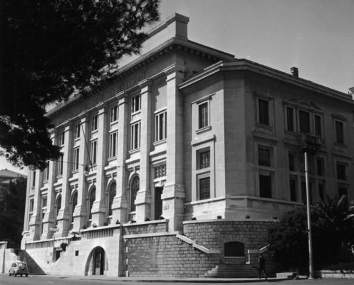 Il palazzo delle Poste nel 1961