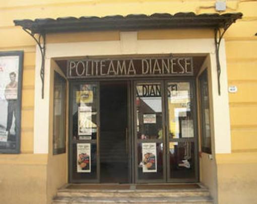 Diano Marina: via l'amianto dal tetto del Politeama, il Comune affida l'incarico per il progetto