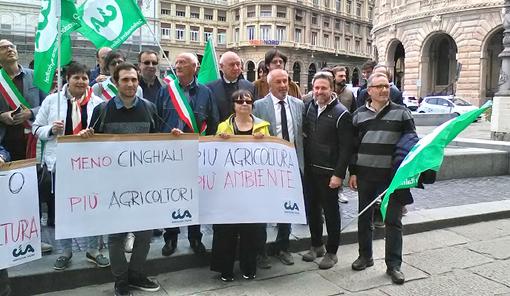 """Danni ungulati, presidente Piana (Lega) in piazza con gli agricoltori: """"Loro protesta è atto di legittima difesa"""""""