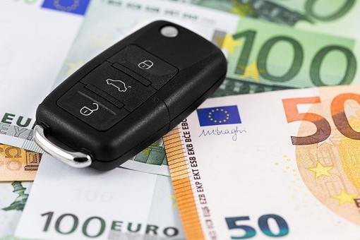 RC auto: ad aprile crollo record dei premi in provincia (-25,18%), prezzi mai così bassi, ma risaliranno