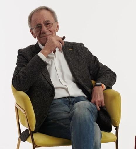 Venerdì 6 agosto Roberto Vecchioni porta la musica d'autore sul sagrato dei Corallini con un concerto sold out