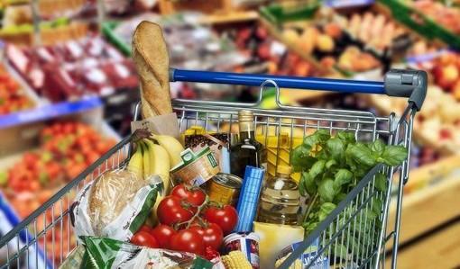 Imperia, ordinanza del sindaco: supermercati e distributori automatici aperti non oltre le 24