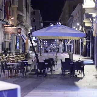 Da domenica la Liguria torna zona 'gialla': bar e ristoranti potranno riaprire fino alle 18