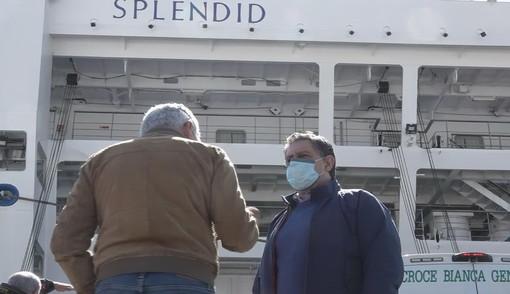Genova: questa mattina al porto il sopralluogo del Presidente Toti sulla nave 'Splendid' (Video)