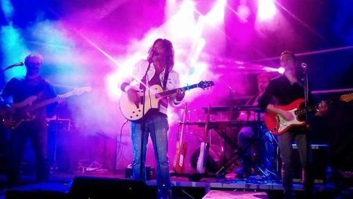 Imperia: venerdì prossimo a Borgo Marina il concerto tributo ai 'Dire Straits' con i 'Solid Rockers'