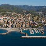 Assistenza scolastica comunale a San Bartolomeo al Mare: iscrizioni aperte solo fino a venerdì