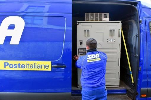 Domani arrivano nuovamente i furgoni di Sda per la consegna dei vaccini 'Moderna' in provincia
