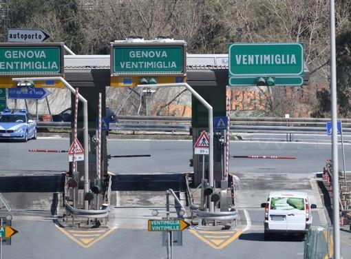 Autostrade: anticipato lo stop dei cantieri a luglio per due settimane, fino al 1° agosto