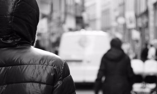 """Sanremo: """"Vengo a casa tua al Borgo e ti ammazzo"""", condannato a 8 mesi di carcere un 49enne che stalkerizzava l'ex moglie e il figlio"""