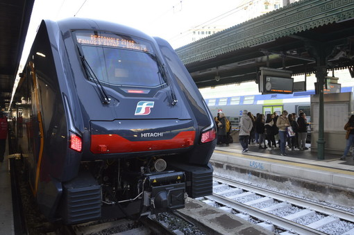 Con l'inizio della scuola oggi sono stati oltre 30mila i passeggeri sui treni del mattino in Liguria