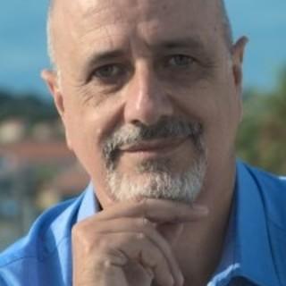 Lo scrittore Ugo Moriano ospite ad Imperia della rassegna Letteraria 'Un Libro aperto'