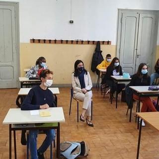 il ministro Azzolina in classe all'apertura dell'anno scolastico