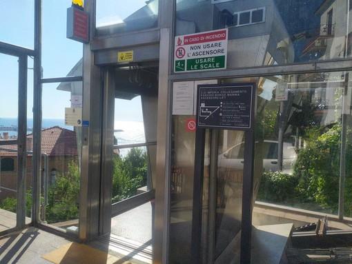 Imperia, il Comune punta sulla sicurezza: affidata la manutenzione della videosorveglianza degli ascensori che collegano la Marina con il Parasio
