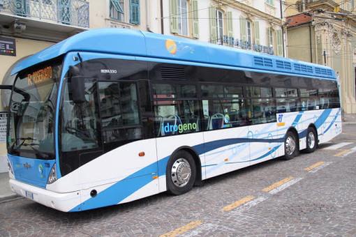 Coronavirus: futuro del trasporto pubblico, ieri in Regione l'incontro con la Provincia e la Riviera Trasporti