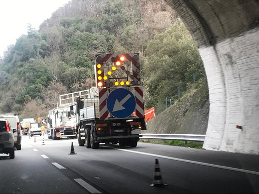 """Autostrade tra code e cantieri: il Presidente Toti conferma """"Abbiamo chiesto la gratuità totale fino allo stop dei lavori"""" (Video)"""