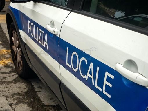 Furgoncino rubato ad Imperia, restituito al proprietario dalla Polizia Locale di Albenga